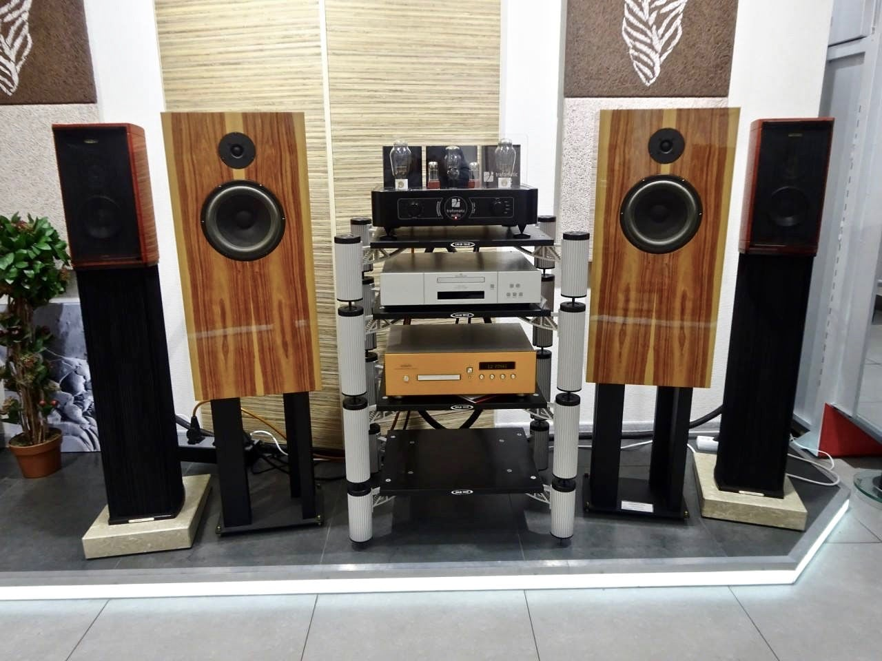 trafomatic audio Experience Two Mk2 review matej isak 2016 2017 mono and stereo high end audio review test 8
